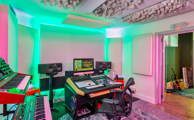 Intimate Recording studio